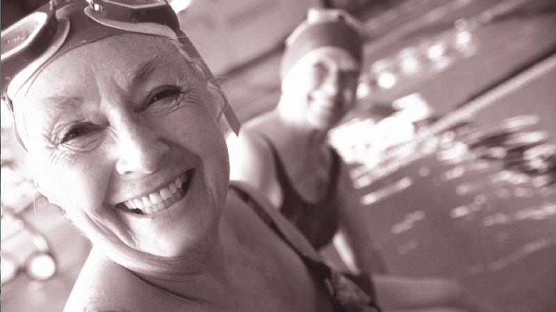 Social-swimming-800-x-450